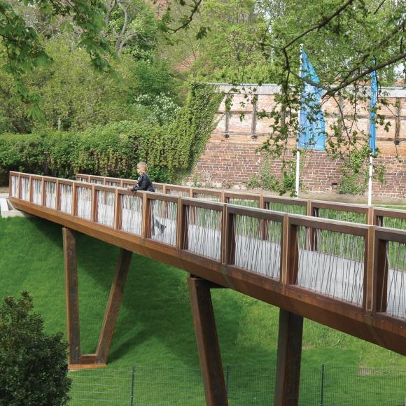Crossline Bridges