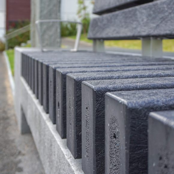 Rough&Ready All Black Benches