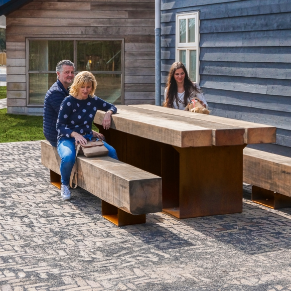 Straßenmöbel - Holzbank - CorTen - Drifter Picknickset, Renesse (NL)