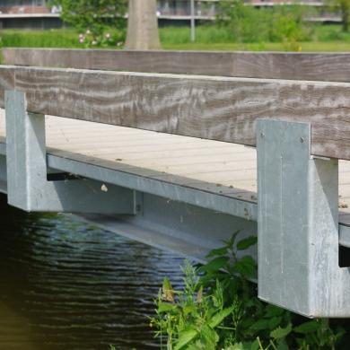 Country Bridges Low